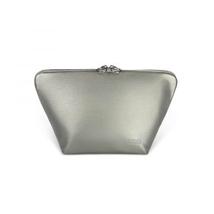 Kusshi Vacationer Make Up Bag in Vegan Leather with Silver